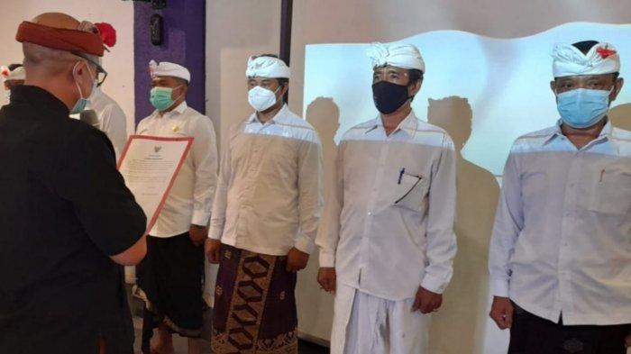 Wakil Bupati Bangli I Wayan Diar Kukuhkan Forum Komunikasi Perbekel Bangli