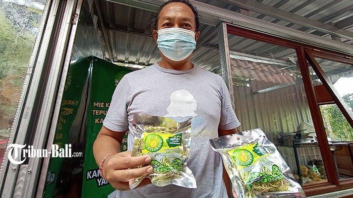 Wayan Mokoh Produksi Mi Berbahan Kelor di Tabanan, Tanpa Pengawet & Bermanfaat untuk Kesehatan Mata
