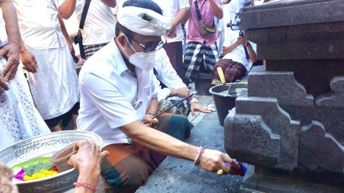 Jaya Negara Mendem Pedagingan di Gedong Pura Pucuk Sari Banjar Kaliungu Kelod