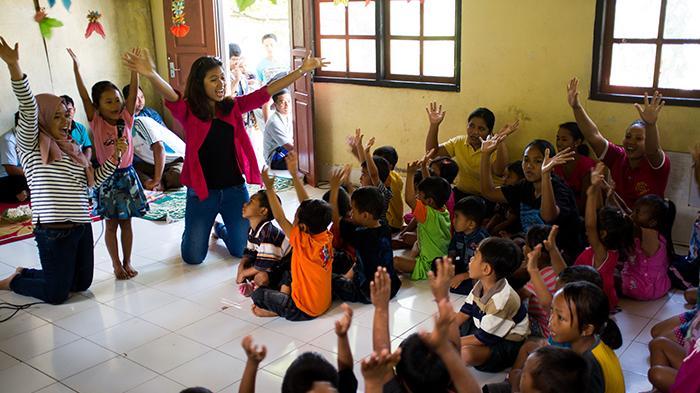 Bali Mekedekan Jilid II Bangun Perpustakaan di Desa Saraya Timur
