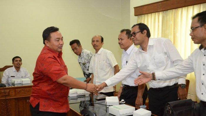 Beasiswa Siswa Miskin Tak Cair, Ikatan Kepala Sekolah Swasta Se-Bali Sambangi DPRD