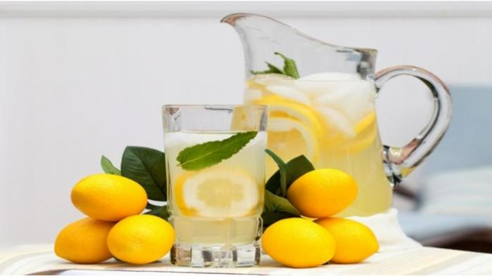 Ini 13 Manfaat Meminum Air Lemon di Pagi Hari, Mengobati Flu hingga Memperkuat Kuku