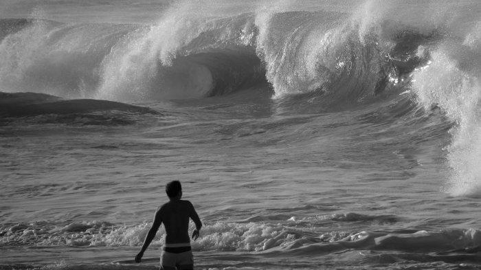 Arti Mimpi Tsunami dan Gempa Bumi, Pertanda Perasaan Tertekan & Ketakutan Hingga Merasa Tak Berdaya