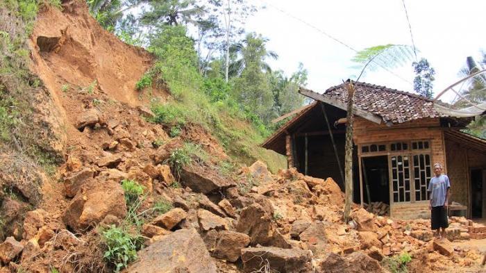 Sekitar 200 Unit Rumah di Karangasem Bali Berpotensi Terkena Bencana Alam