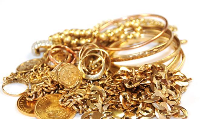 Ditinggal Menginap di Rumah Keluarga, Puluhan Gram Perhiasan Emas Anak Mantan Bupati Klungkung Raib