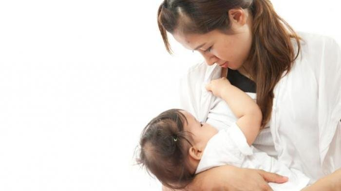 Umur Berapa Bayi Boleh Disapih? Berikut Penjelasannya
