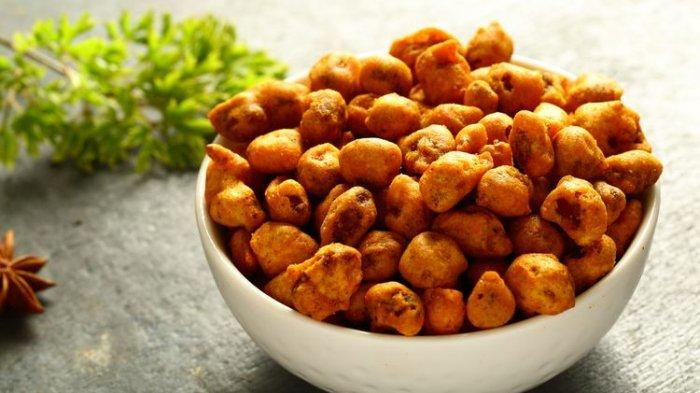 Menggunakan Bahan Sederhana, Resep Kacang Goreng Balut Tepung untuk Cemilan Lebaran