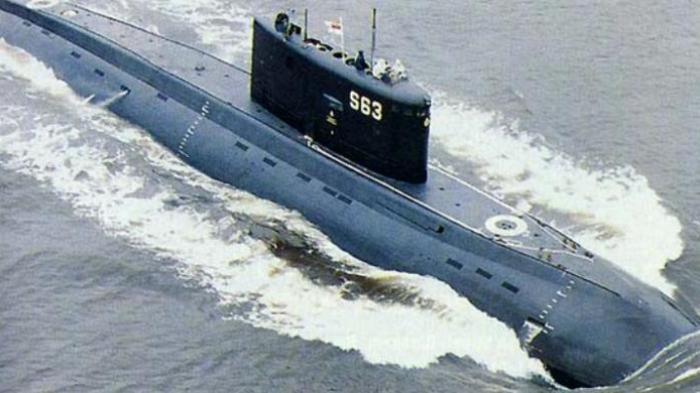 Kapal Selam Amerika Didekati 13 Kapal Perang Iran, 30 Tembakan Peringatan pun Dilepaskan