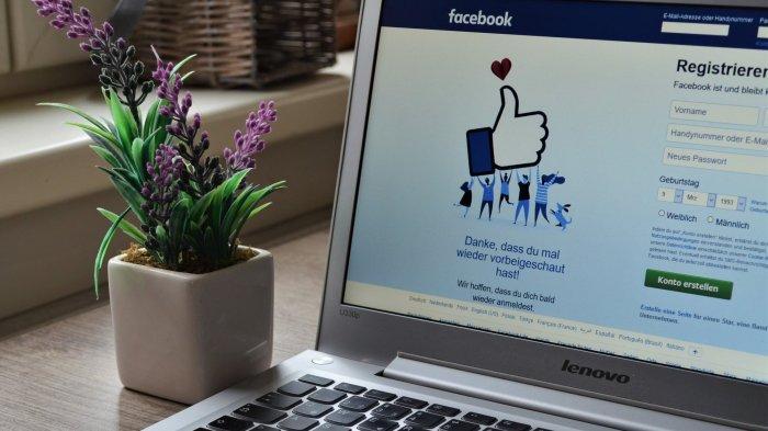 Ratusan Grup Konspirasi di Facebook Dihapus, Ini Alasannya