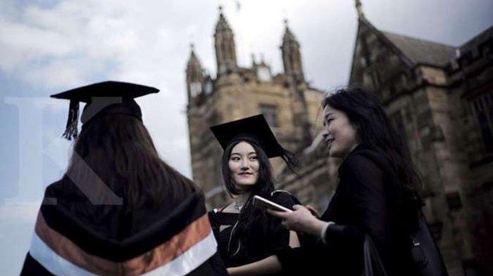 Ini Jurusan Kuliah yang Cocok untuk Cewek Ambivert, Apa Saja Itu?