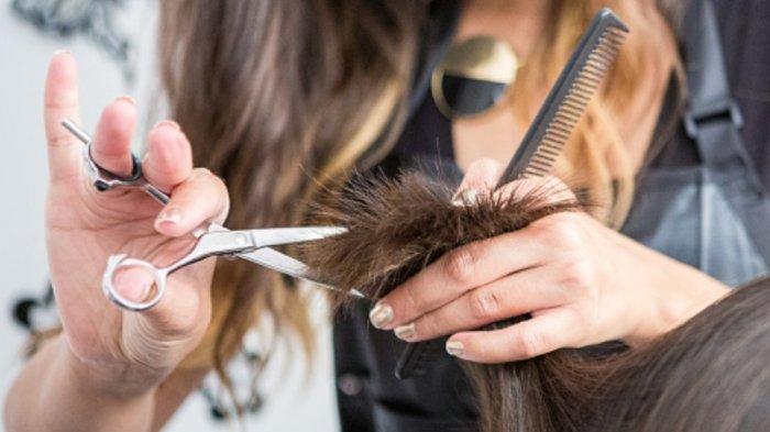 Ilustrasi merawat rambut sehat dan kuat.