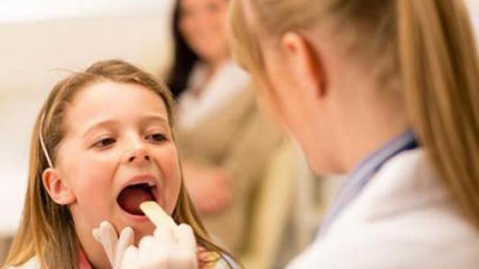 Penyebab Dan Cara Mengatasi Benjolan di Tenggorokan yang Membuat Sakit Saat Menelan