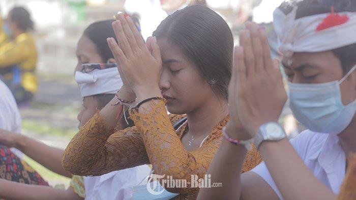 Ulihan,Ketika Para Dewa dan Pitara Kembali ke Kahyangan, Ini Persembahan yang Dihaturkan
