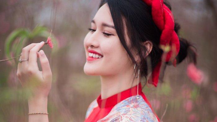 Berbahagialah, 8 Shio Bernasib Mujur Hari Ini 24 Februari 2021, Shio Ayam Ketiban Rezeki Nomplok!