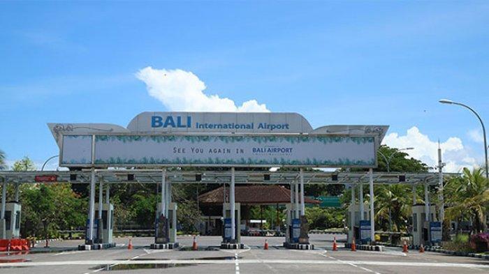 Hari Pertama Penerapan Cashless, Sempat Terjadi Penumpukan di Toll Gate Keluar Bandara Ngurah Rai