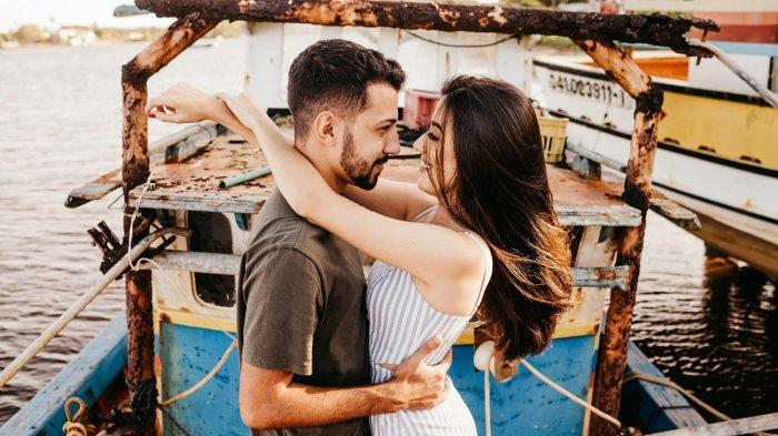 Ramalan Zodiak Cinta Besok Minggu 21 Februari 2021: Pisces Romansa Membara,Virgo Dimabuk Asmara