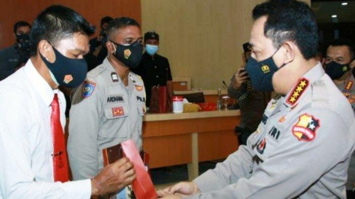 Sosok Aipda Suardika, Polisi Bali Dapat Penghargaan Kapolri Listyo Sigit, Kirim Laporan 300 Per Hari