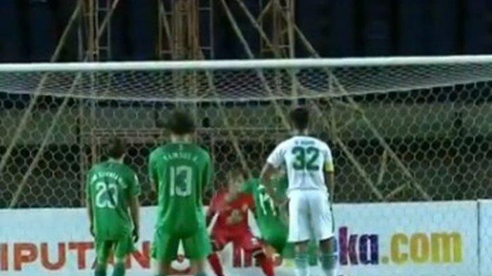 Hasil Piala Menpora 2021: PSS Tumbangkan Persebaya, Irfan Bachdim Bawa Super Elja ke Babak 8 Besar