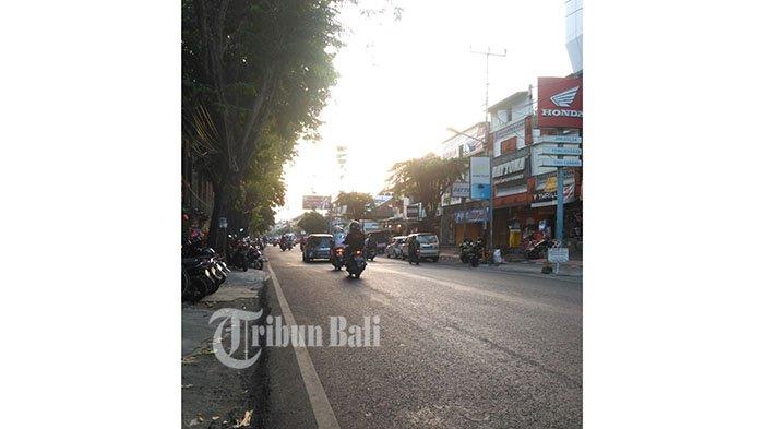 Lalu Lintas di Jalan Diponegoro Hari Ini, Sabtu 9 Juni 2018 Terpantau Ramai Lancar