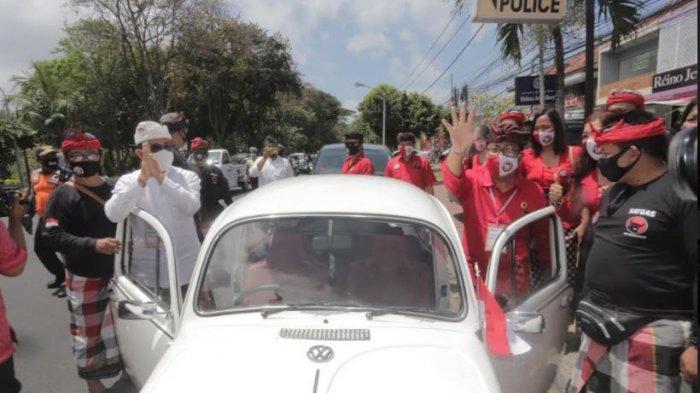 Setelah Sowan ke Rumah Rai Mantra, Jaya-Wibawa Langsung ke KPU Denpasar Naik VW Kodok Putih