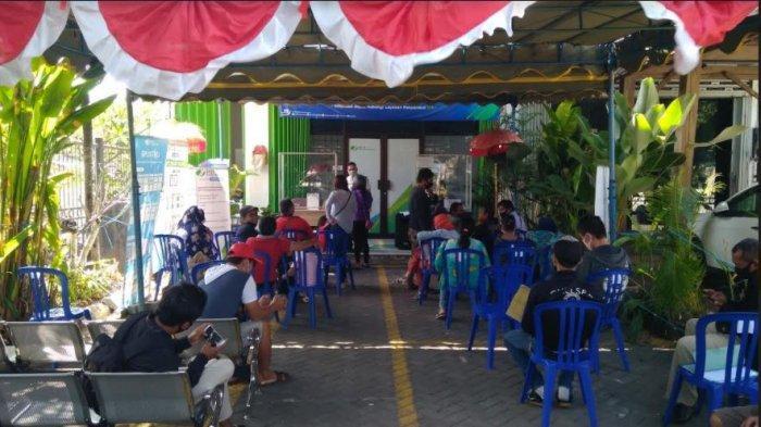 Breaking News Klaim Jht Bpjs Ketenagakerjaan Di Bali Melonjak Antrean Mengular Tribun Bali
