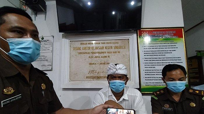 UPDATE: Bupati Buleleng Nonaktifkan Sementara Delapan Pejabat Dispar yang Telah Ditetapkan Tersangka