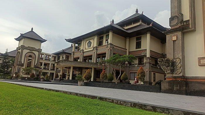 Badung Keluarkan Rp 22 M untuk Tenaga Kebersihan di Gedung Perkantoran Puspem,Termasuk Rumah Jabatan