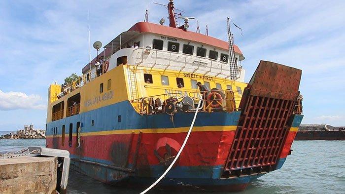 Pengetatan Larangan Mudik Lebaran 2021, Penumpang di Pelabuhan Padang Bai Karangasem Landai