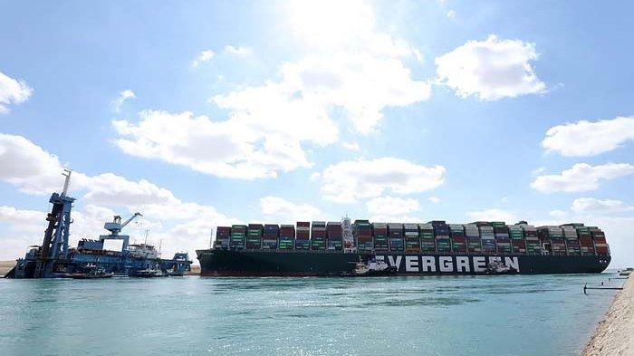 Terusan Suez Bisa Macet Berminggu-minggu, Dunia Rugi Rp 5,6 Triliun Per Jam