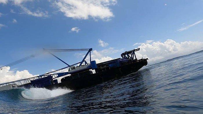 Kapal Tongkang Dibiarkan Karam di Perairan Nusa Penida, Warga Khawatir Dapat Merusak Terumbu Karang