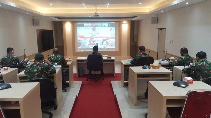 Kapok Sahli Pangdam IX/Udayana Ajak Masyarakat Cegah Klaster Baru Covid-19 dengan Hindari Kerumunan