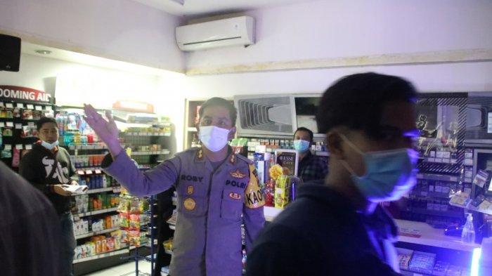 Buka Sampai Larut Malam, Kapolres Badung Tutup Mini Market di Petitenget