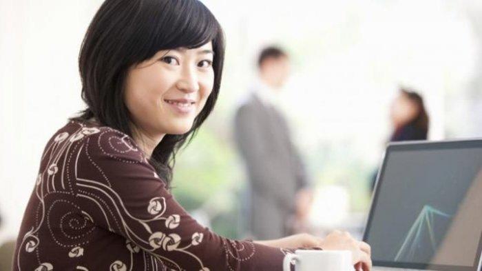 Jangan Takut pada Karyawan Senior, Hal-Hal Ini Bisa Dipelajari dari Karyawan Senior ataupun Junior