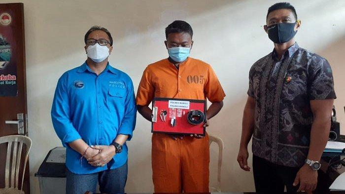 Sembunyikan Narkoba di Ikat Pinggang, Darmawan Diamankan di Polres Bangli