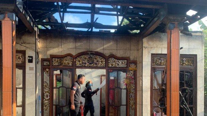 Suarti Dikagetkan Suara Ledakan dari Arah Kamar, Panik Lihat Kobaran Api, 82 Sertfikat Tanah Ludes