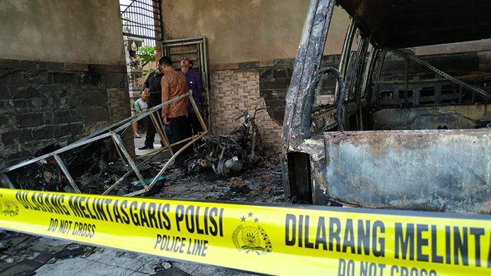 Kebakaran di Klungkung, 8 Kendaraan Hangus, Suara Ledakan, Hingga Firasat Pemilik Soal Anjingnya