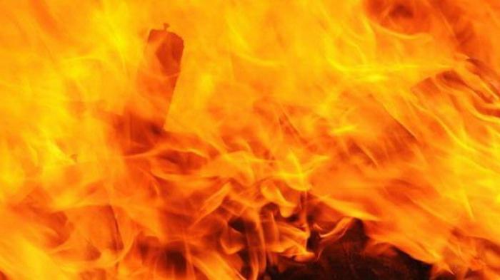UPDATE: Pagi Ini Titik Api Kembali Muncul di Lokasi Permukiman Pemulung & Gudang Rongsok di Denpasar