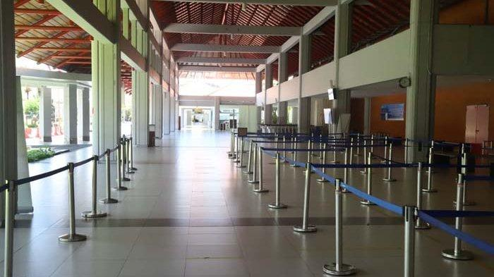 Suasana Bandara Internasional I Gusti Ngurah Rai Bali saat Nyepi, Minggu 14 Maret 2021.