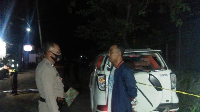 Akibat Pengemudi Hilang Kendali, Mobil Terios Tabrak Rumah di Nusa Penida Hingga Terbalik