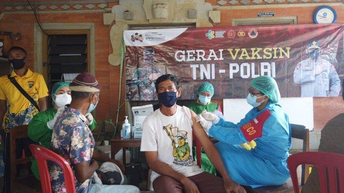Guna Percepat Kekebalan Kelompok, Satgas Covid-19 Gelar Gerai Vaksinasi Presisi TNI-Polri
