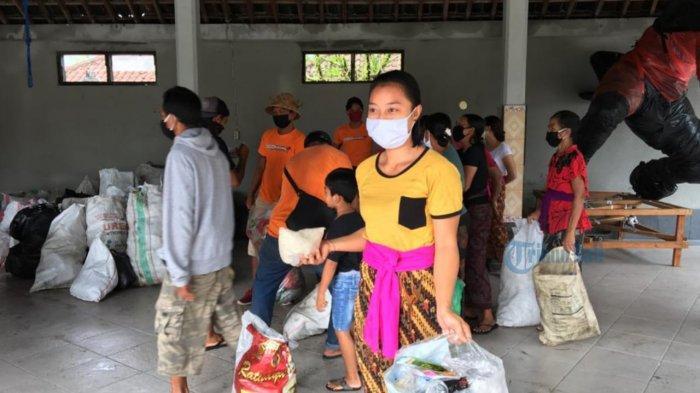 Tukar Sampah dengan Beras Menjamur di Gianyar, Cita-cita Made Janur Terwujud