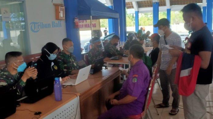 Ratusan Pelaku Perjalanan Dalam Negeri Antusias Manfaatkan Layanan Vaksinasi di Terminal Mengwi Bali