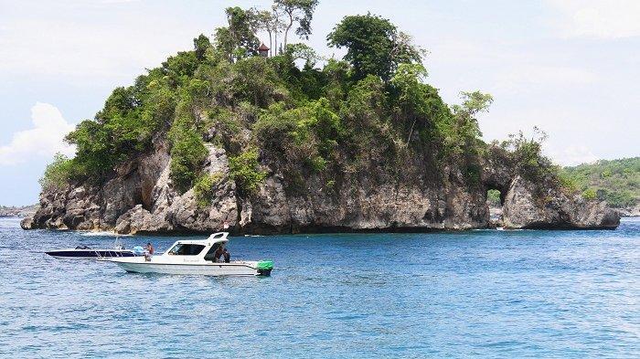 Keindahan destinasi wisata Crystal Bay, Nusa Penida, Kamis (3/10/2019)