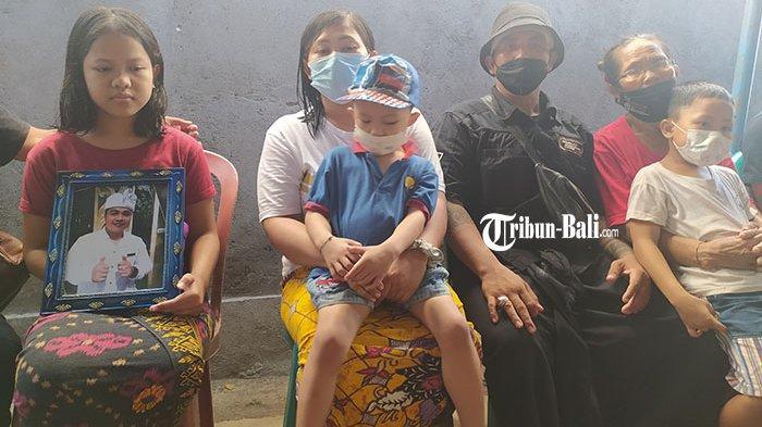 Jenazah Gede Budarsana Dikubur di Buleleng, Keluarga Minta Netizen Hapus Video Korban Saat Dibunuh