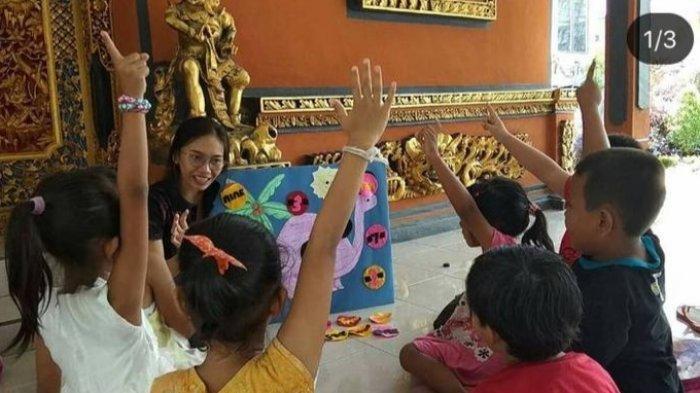 Keluh Kesah Gusti Ayu Mengajar Anak TK Secara Virtual Selama Pandemi: Gak Ada Sisi Positifnya
