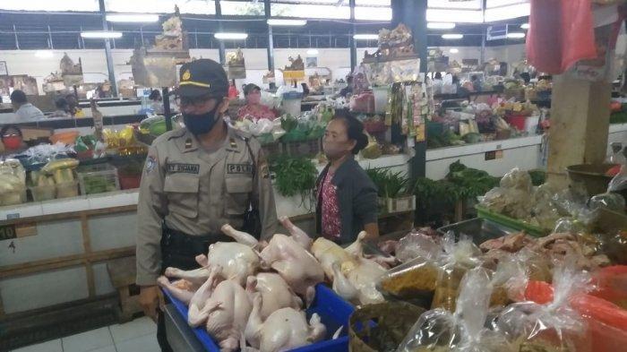 Putus Penyebaran Covid-19, Kelurahan Panjer Gelar Pemantauan Protokol Kesehatan di Pasar Rakyat