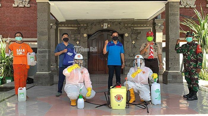 PT Yamaha Indonesia bersama Pramuka Peduli Bali Donasikan Hand Sanitizer ke SMKN 3 Denpasar