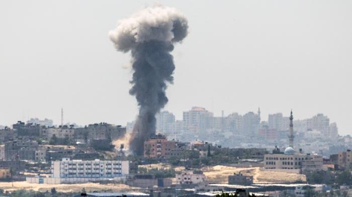 Respon Serangan Rudal Hamas, Pesawat Tempur Israel Bombardir Jalur Gaza Palestina