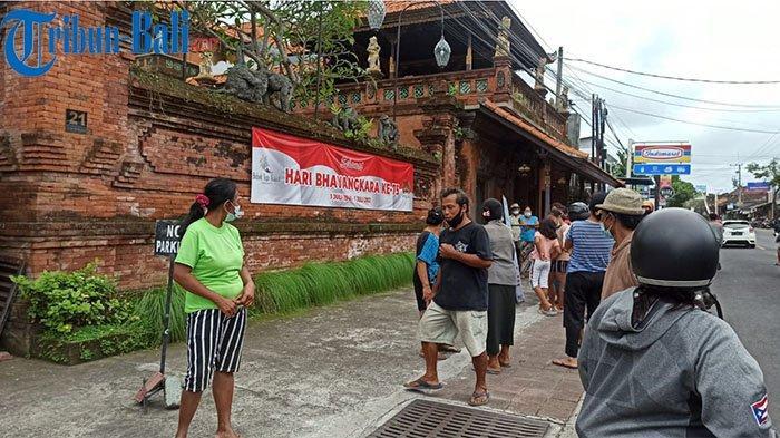 Warga Berkerumun, Restoran Bebek Tepi Sawah Batalkan Pembagian Sembako