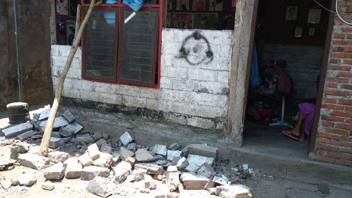 Bupati Jembrana Minta Warga Lakukan Pengecekan Bangunan yang Terdampak Gempa Situbondo
